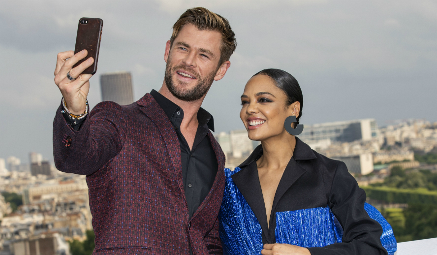 Men In Black International Chris Hemsworth Tessa Thompson