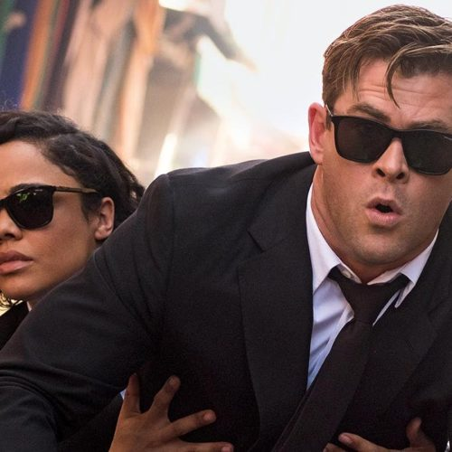 "<em>Men In Black: International</em> - Chris Hemsworth & Tessa Thompson in ""Trailer With A Scoop Of Trivia"""