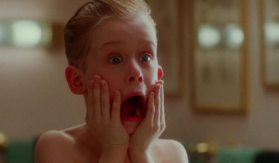 Hollywood Insider Features Home Alone Macaulay Culkin Christmas Movie
