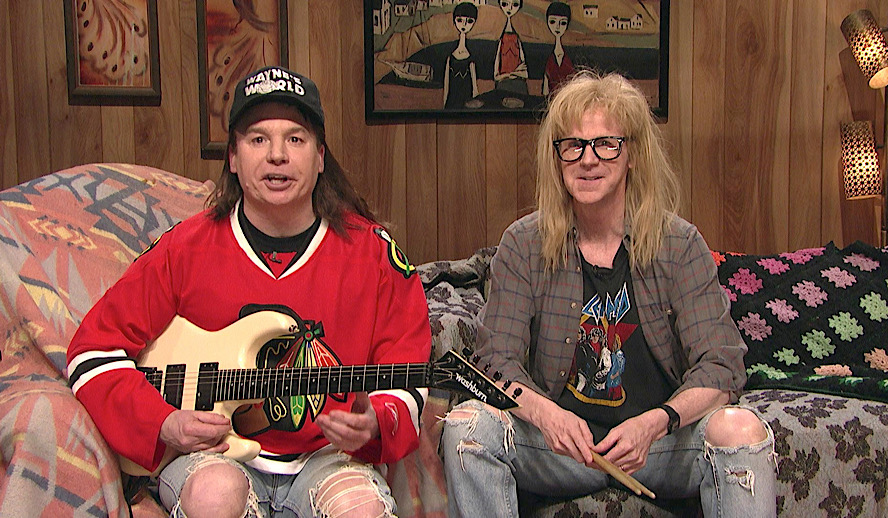 Hollywood Insider SNL 10-1 Sketches, Wayne's World Review